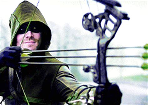 Heroes At Odds the flash arrow crossover will put the two heroes at