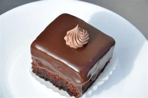 Amandine chocolate cakes traditional romanian food