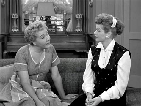 i love lucy couch the 15 most iconic couches in tv history page 4