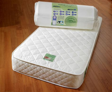 postureform 4ft deluxe soft roll up mattress