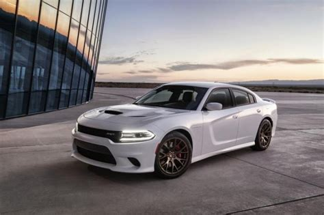 Gas Monkey Dodge by Dodge Rocks Gas Monkey Concert To Feature M 246 Tley Cr 252 E