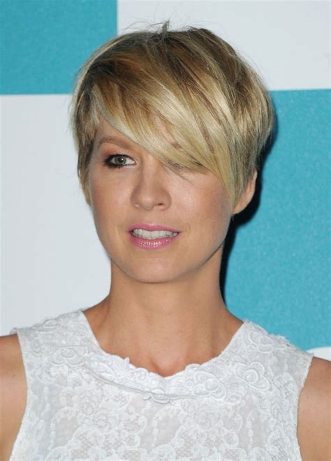 most popular hairstyle for 2015 most popular short most popular short haircut for 2015 sexy layered haircut