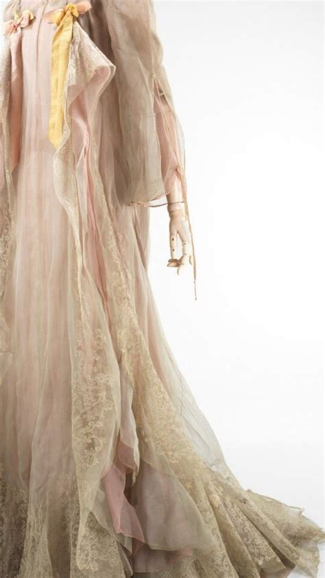 Look What I Found Cocoa Chic by Vintage In Dreamy Shades Of Blush Pink