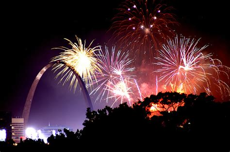 st louis mo fireworks st louis seeks to be china s freight and commercial hub