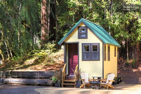 rent a tiny house in california a tiny house on wheels you can vacation in tiny house pins