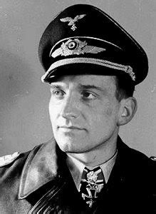 A Vida no Front: Hans-Ulrich Rudel - Uma lenda de bravura