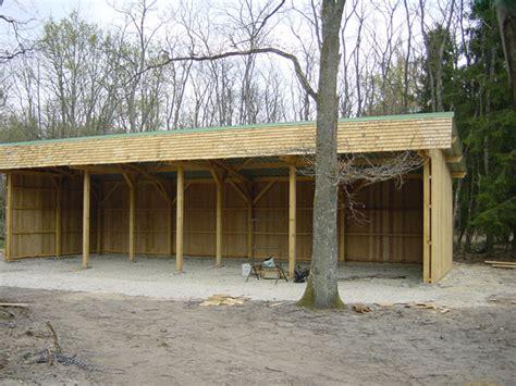petit hangar petit hangar bois les cabanes de jardin abri de jardin