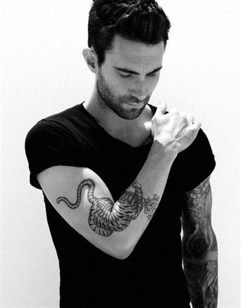 adam levine tiger tattoo adam levine lead singer of maroon 5 and him as a