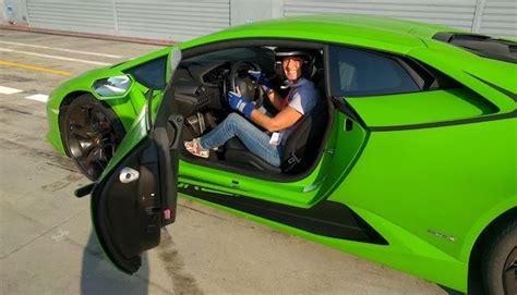 done al volante donne al volante meglio degli uomini donne in auto