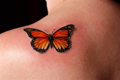 butterfly knuckle tattoo 1000 ideas about monarch butterfly tattoo on pinterest