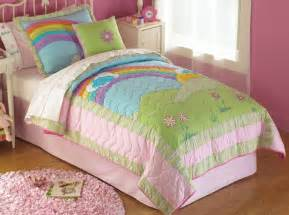 rainbow quilt in bright pink rainbow colors for and