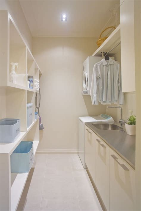 laundry room drying rod i really like the look of the hanging clothes rod can you tell me where you got it this