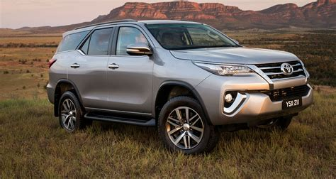 Fortuner S1413 Black Silver 2nd generation toyota fortuner is coming soon to pakistan pakwheels