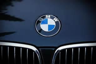 kostenloses foto bmw auto automarke bmw emblem