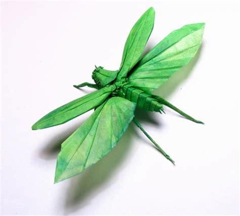 Origami Locust - amazing origami sculptures