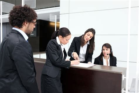 Become A Hotel Manager by How To Become A Hotel Manager What Do Hotel Managers Do Becoming A Hotel Manager