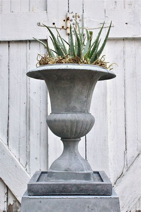 How To Make Lightweight Concrete Planters by New Partnership Between Garden Media And Nativecast
