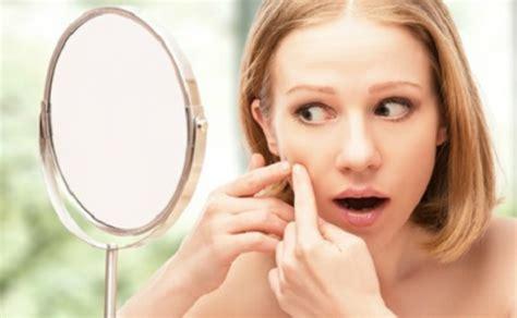 braut vor der hochzeit braut make up trotz akne bei der hochzeit gut aussehen