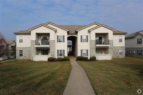 3 bedroom apartments overland park ks the lakes at lionsgate apartments rentals overland park