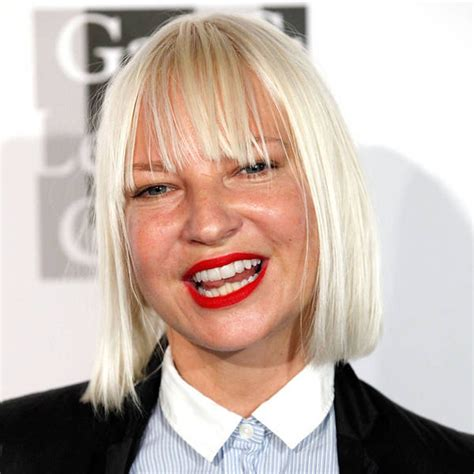 Sia Singing Chandelier Live Sia S Snl Performance Yea Or Nay Neogaf