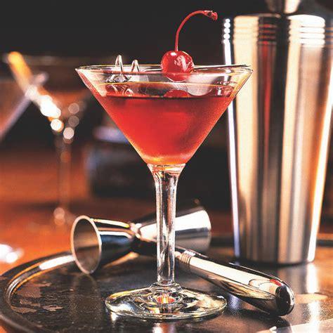 best manhattan whiskey manhattan recipe rye or bourbon besto