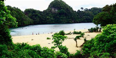 Tenda Anak Di Malang ide dan tips dari anak badak keindahan pulau sempu surga
