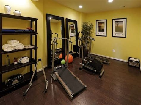 1000 ideas about small home gyms on home gyms