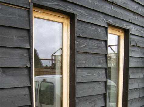 Painting Shiplap Cladding Black Painted Kiln Dried Whitewood Featheredge Cladding