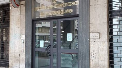 lavoro savona savona protesta dei dipendenti dell ispettorato