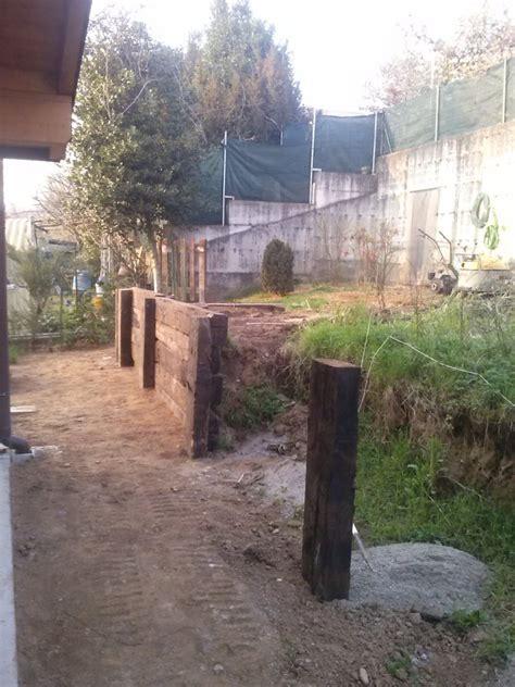 muro contenimento giardino foto muri di contenimento in legno di natura verde