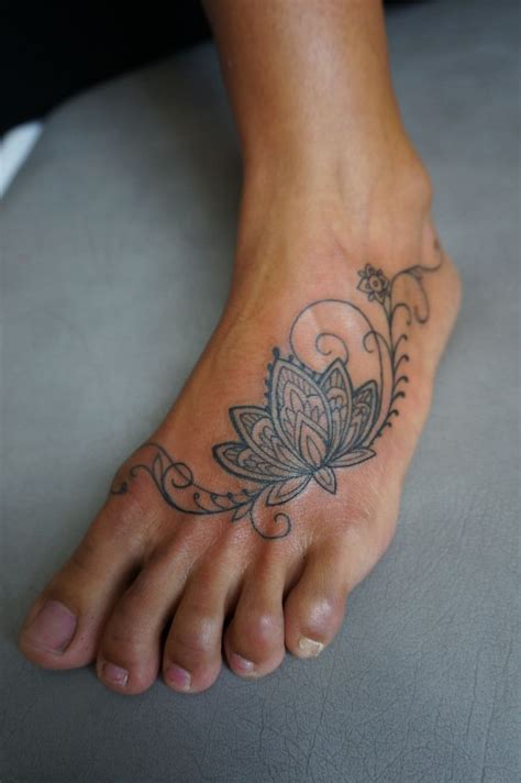 tattoos on side of foot designs henna side foot www pixshark images
