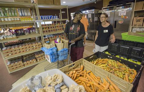 Columbus Ohio Food Pantries by Food Pantry S Reach Expands With Move To South Linden