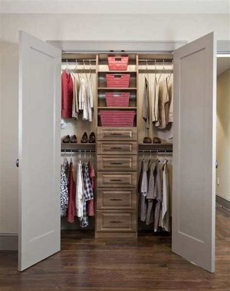 Size For Walk In Closet by Walk In Closet Dimensions Small Interior Exterior Doors