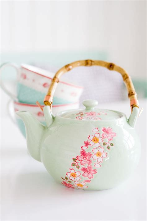 Japanesse Tea Set Pink Flower best 25 tea pots ideas on tea pot teapot and