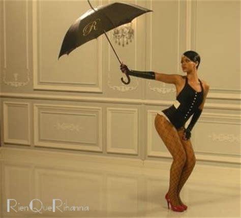 foto sedere pi禮 bello mondo traduzione in italiano della canzone umbrella di rihanna