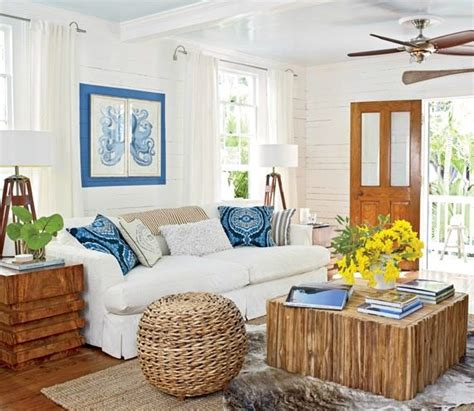 Themed Home Decor by Cozy Island Style Cottage Home In Key West Bliss
