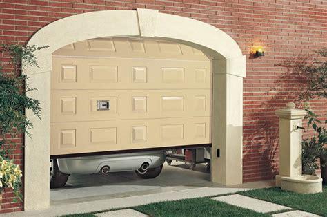 porta garage automatica porte per garage e porte basculanti a treviso serblok s due