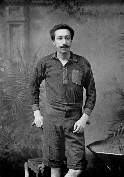 arthur portiere arthur wharton una statua per il primo calciatore nero