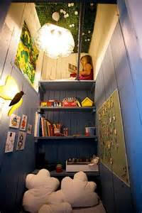 Reading Nook Closet by Convert Closet Into A Reading Nook