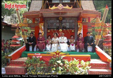 Ikat Kepala Tenun Toraja pesta perkawinan adat toraja warisan budaya yang masih