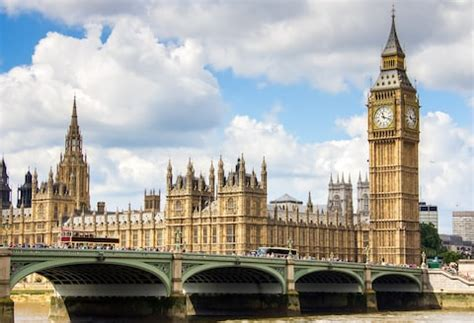 houses of parliament tourist information uk 40 amazing facts about big ben britain s very own