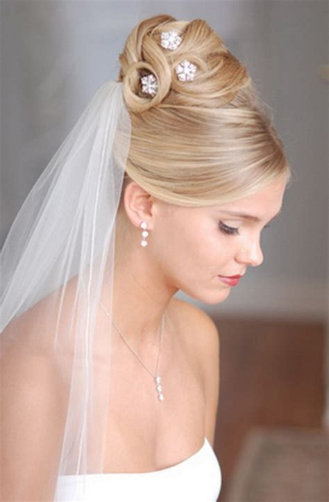Bridal Hairstyles Hair Tiara Veil by Bridal Hairstyles With Veil And Tiara