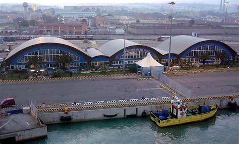 stazione civitavecchia porto stazione marittima civitavecchia