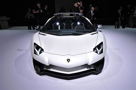 lamborghini aventador sv roadster review 2016 lamborghini aventador sv roadster picture 647699 car review top speed
