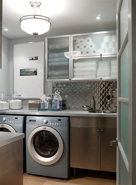 Small Laundry Room Ideas To Try Keribrownhomes Small Laundry Room Cabinet Ideas