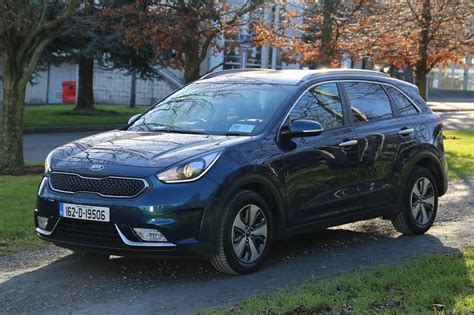 New Kia Reviews Kia Niro Review Carzone New Car Review