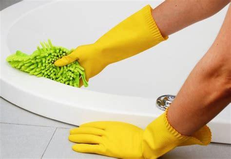 come pulire la vasca da bagno come pulire la vasca da bagno consigli per sanitari in