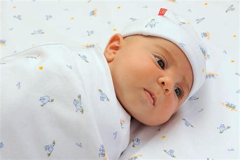 Bayi Baru Lahir yuwi s perawatan bayi baru lahir