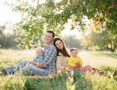 family of 4 photo ideas 1000 images about family photo ideas on pinterest