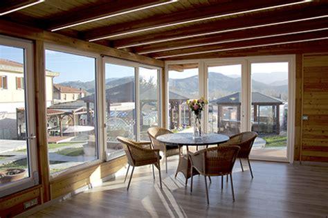 giardini d inverno in legno free veranda in legno a taglio termico with giardini d